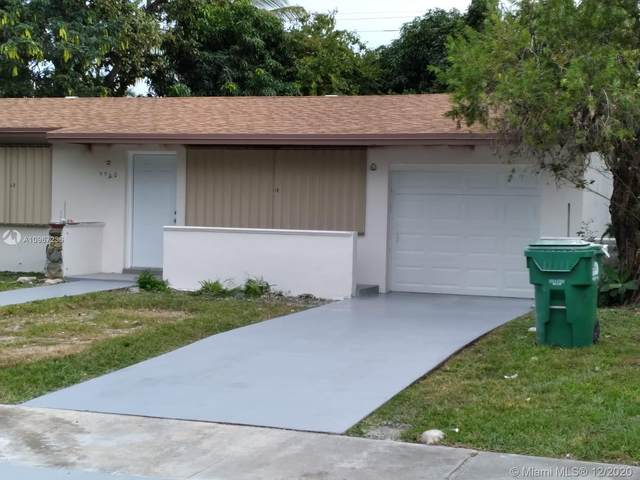 9960 SW 161st St, Miami, FL 33157 (MLS #A10967236) :: Albert Garcia Team