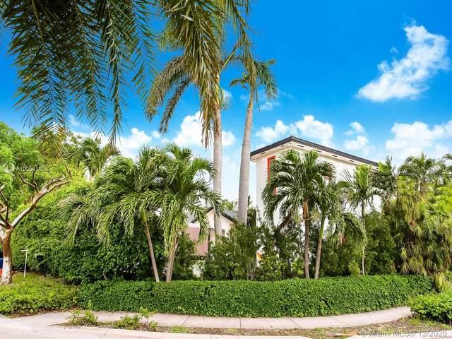 691 Ridgewood Rd, Key Biscayne, FL 33149 (MLS #A10968162) :: Miami Villa Group