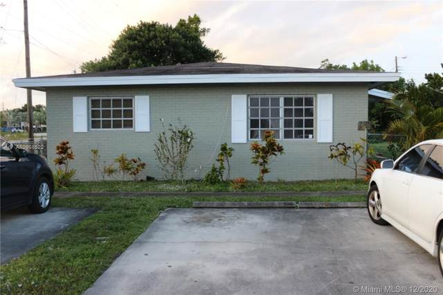 5945-5947 Hayes Street, Hollywood, FL 33021 (MLS #A10968522) :: Albert Garcia Team