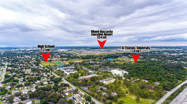 2540 NW 158th St, Miami Gardens, FL 33054 (MLS #A10969345) :: Carole Smith Real Estate Team