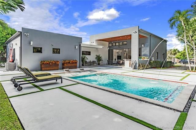 15315 SW 84th Ave, Palmetto Bay, FL 33157 (MLS #A10969704) :: Miami Villa Group