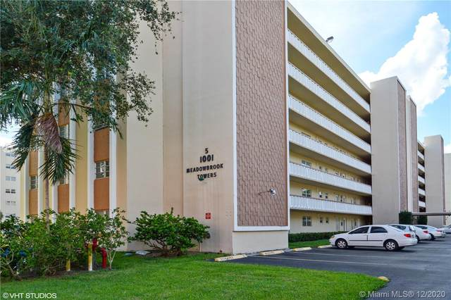 1001 NE 14th Ave #101, Hallandale Beach, FL 33009 (MLS #A10970144) :: Carole Smith Real Estate Team