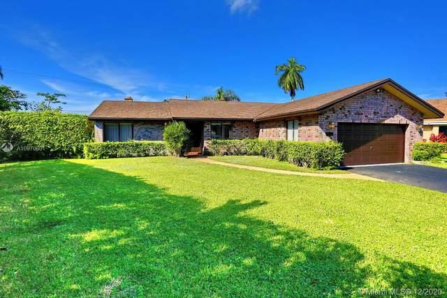 833 SW 56th Ave, Margate, FL 33068 (MLS #A10970601) :: Miami Villa Group