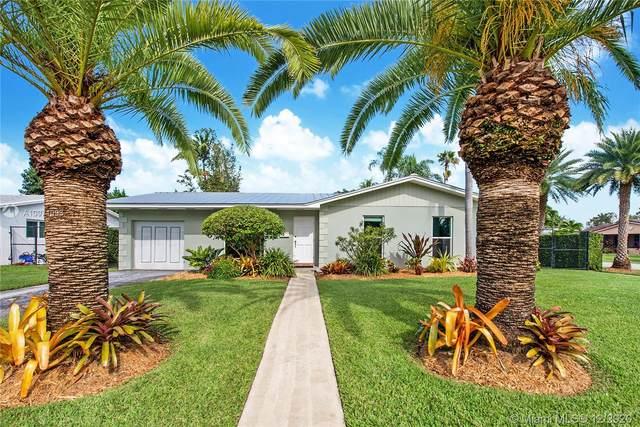 9103 SW 181 St, Palmetto Bay, FL 33157 (MLS #A10971093) :: Miami Villa Group