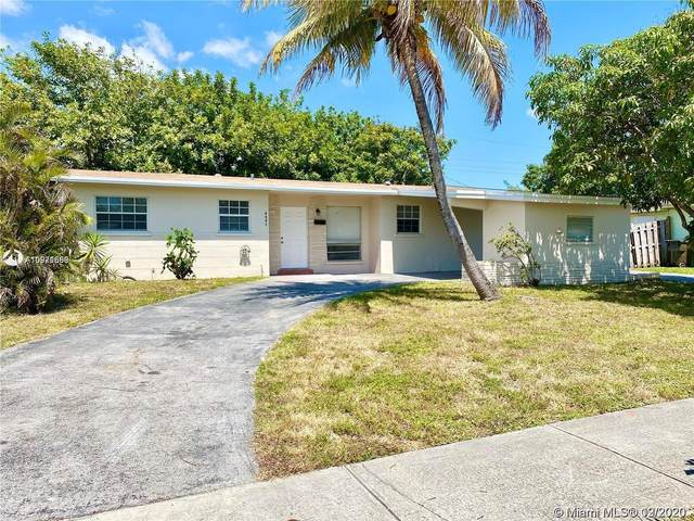 3751 NW 25th St, Lauderdale Lakes, FL 33311 (MLS #A10971668) :: Laurie Finkelstein Reader Team