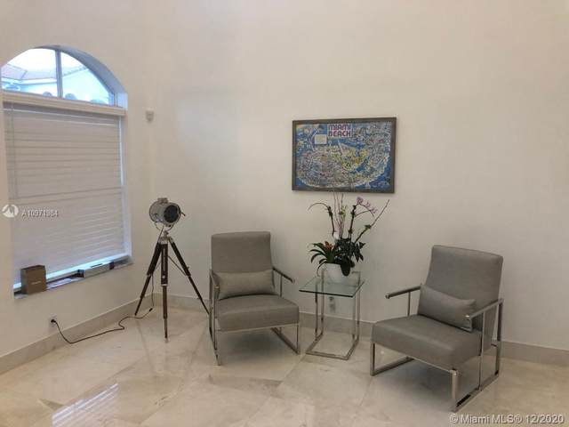 3830 SW 51st St, Hollywood, FL 33312 (MLS #A10971984) :: Laurie Finkelstein Reader Team
