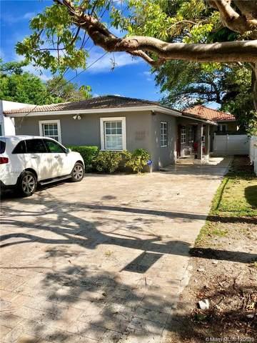 3225 Oak Ave, Miami, FL 33133 (MLS #A10971997) :: Carole Smith Real Estate Team