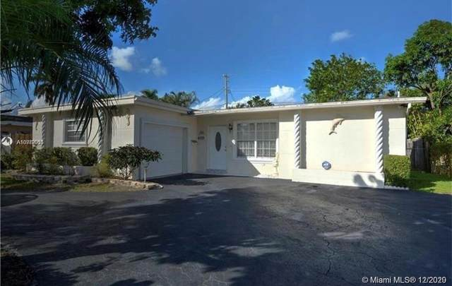 6771 NW 26th St, Sunrise, FL 33313 (MLS #A10972011) :: Berkshire Hathaway HomeServices EWM Realty