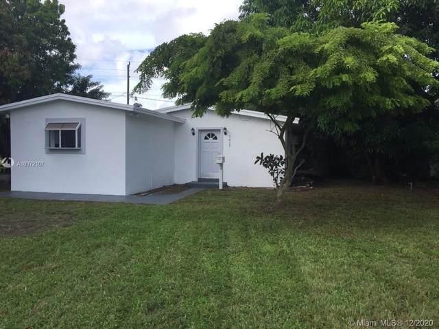 1617 NE 177th St, North Miami Beach, FL 33162 (MLS #A10972107) :: Miami Villa Group