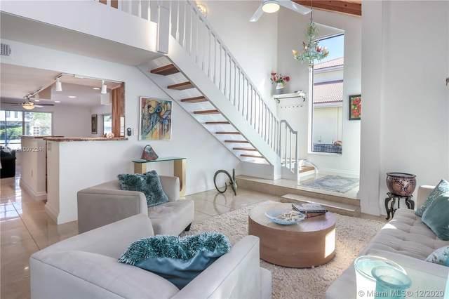 1109 Hollywood Blvd, Hollywood, FL 33019 (MLS #A10972241) :: Carole Smith Real Estate Team