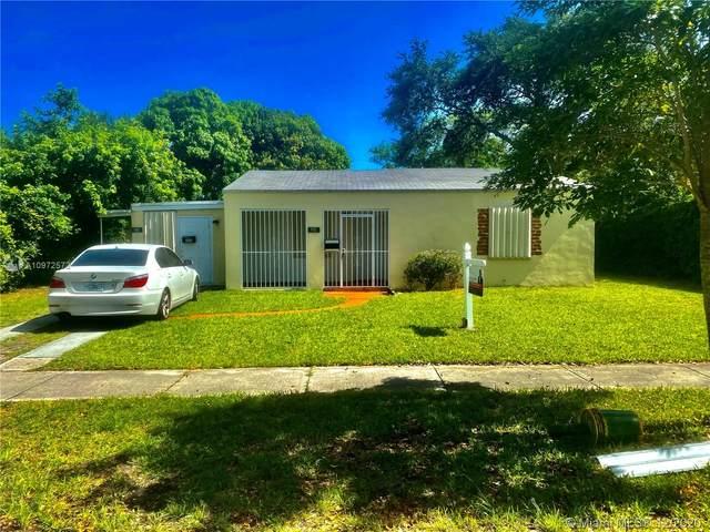 951 NE 141st St, North Miami, FL 33161 (MLS #A10972572) :: The Rose Harris Group