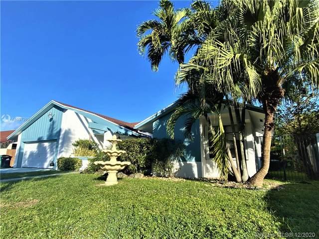 13001 SW 119th St, Miami, FL 33186 (MLS #A10972631) :: Laurie Finkelstein Reader Team