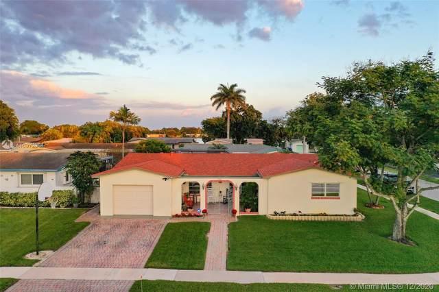 2001 NW 88th Way, Pembroke Pines, FL 33024 (MLS #A10972658) :: Carole Smith Real Estate Team