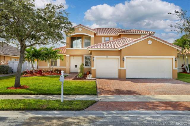 1588 SW 191st Ave, Pembroke Pines, FL 33029 (MLS #A10972876) :: Laurie Finkelstein Reader Team