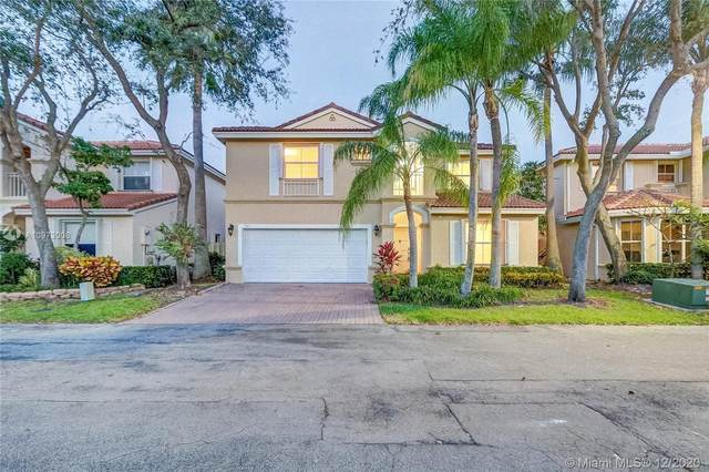 1065 Weeping Willow Way, Hollywood, FL 33019 (MLS #A10973008) :: Carole Smith Real Estate Team