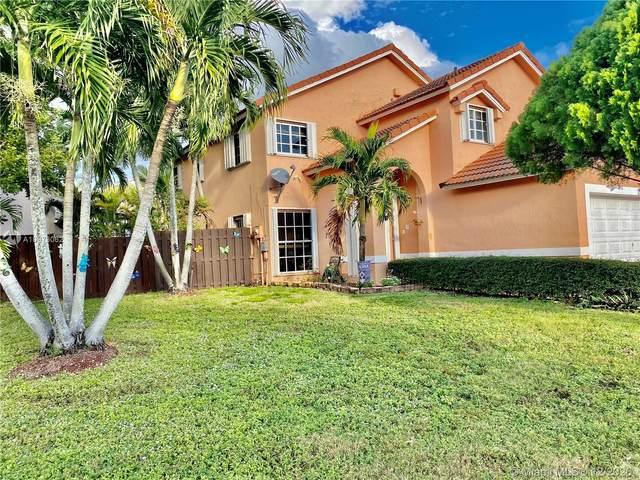 15359 SW 54th St, Miami, FL 33185 (MLS #A10973062) :: Albert Garcia Team