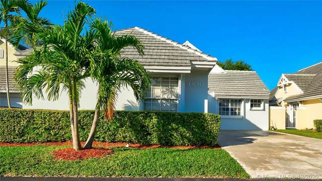 4830 NW 99th Ct, Doral, FL 33178 (MLS #A10973438) :: Laurie Finkelstein Reader Team