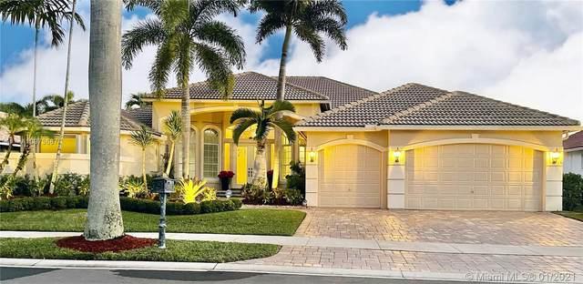 2530 SW Monterey Ct, Weston, FL 33327 (MLS #A10973687) :: Berkshire Hathaway HomeServices EWM Realty