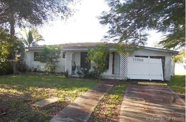11700 SW 176th St, Miami, FL 33177 (MLS #A10974014) :: Carole Smith Real Estate Team