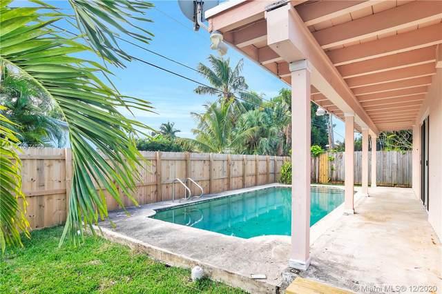 1018 Adams St, Hollywood, FL 33019 (MLS #A10974098) :: Carole Smith Real Estate Team