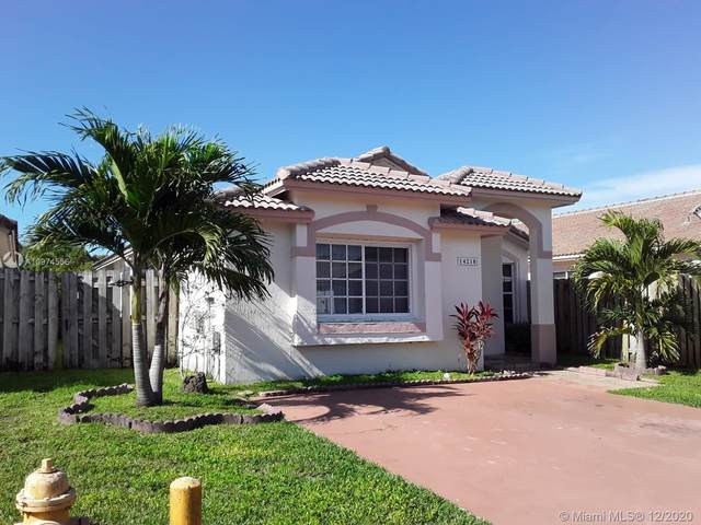 14218 SW 151st Ct, Miami, FL 33196 (MLS #A10974556) :: The Rose Harris Group