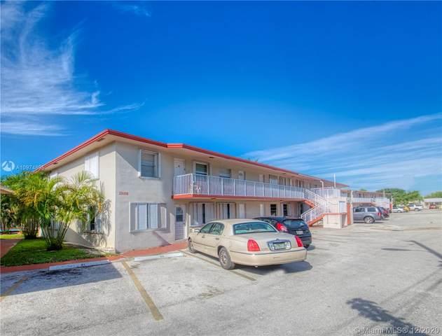 2918 Funston St 30B, Hollywood, FL 33020 (MLS #A10974895) :: Albert Garcia Team