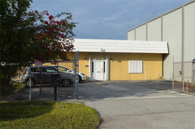 1875 NE 149th St, North Miami, FL 33181 (MLS #A10975117) :: Equity Advisor Team