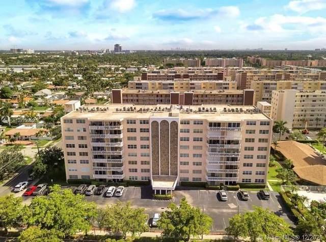 400 NE 12th Ave #305, Hallandale Beach, FL 33009 (MLS #A10975155) :: Castelli Real Estate Services