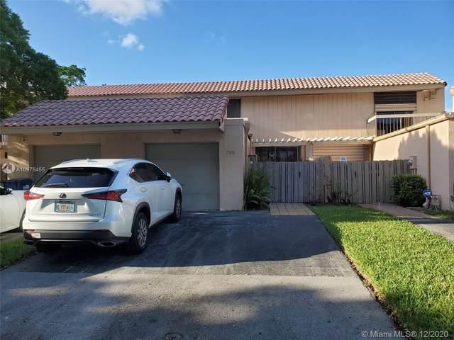 795 NE 206th St, Miami, FL 33179 (MLS #A10975455) :: Laurie Finkelstein Reader Team