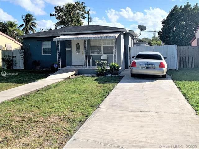 2438 Harding St, Hollywood, FL 33020 (MLS #A10975521) :: Miami Villa Group