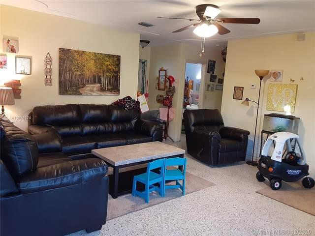 724 NW 10 Street, Homestead, FL 33030 (MLS #A10976124) :: Albert Garcia Team