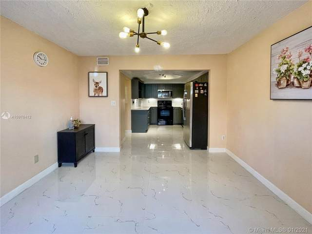 6839 SW 114th Pl D, Miami, FL 33173 (MLS #A10976412) :: Albert Garcia Team