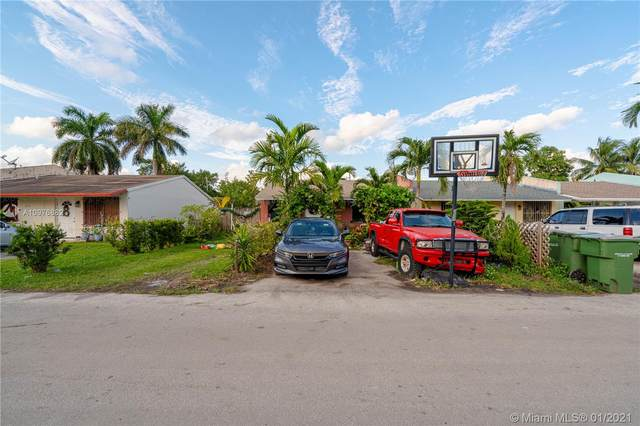 1321 Kia Dr, Homestead, FL 33033 (MLS #A10976882) :: Albert Garcia Team