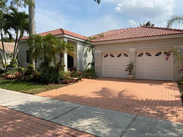 646 Heritage Dr, Weston, FL 33326 (MLS #A10976922) :: Miami Villa Group
