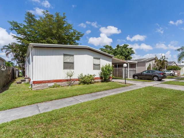 400 NW 214th Ave, Pembroke Pines, FL 33029 (MLS #A10977044) :: The Riley Smith Group