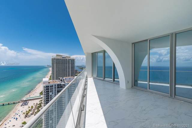 16901 Collins Ave #3203, Sunny Isles Beach, FL 33160 (MLS #A10977427) :: Jo-Ann Forster Team
