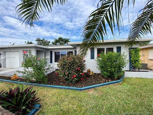 7411 NW 58th Ct, Tamarac, FL 33321 (MLS #A10977608) :: Carole Smith Real Estate Team