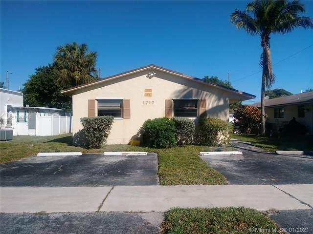 1717 Shenandoah St, Hollywood, FL 33020 (MLS #A10978456) :: Carole Smith Real Estate Team