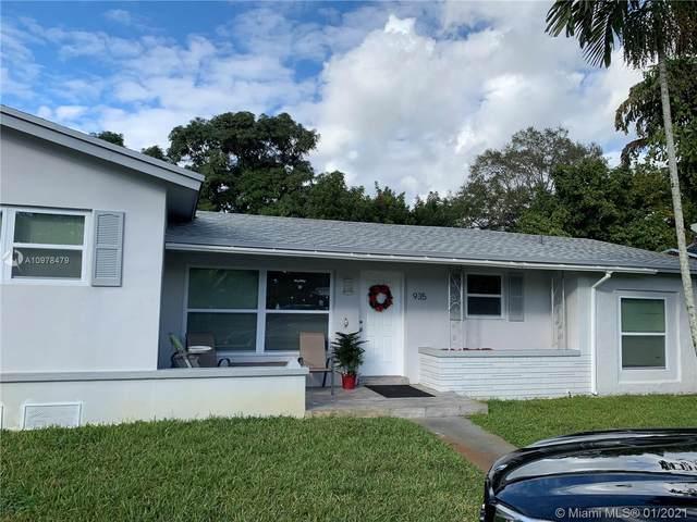 935 NE 149th St, North Miami, FL 33161 (MLS #A10978479) :: Laurie Finkelstein Reader Team
