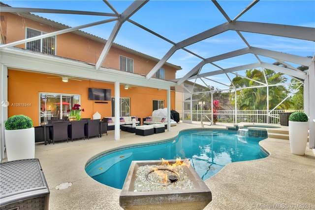 1959 SW Newport Isles Boulevard, Port Saint Lucie, FL 34953 (MLS #A10978944) :: Miami Villa Group