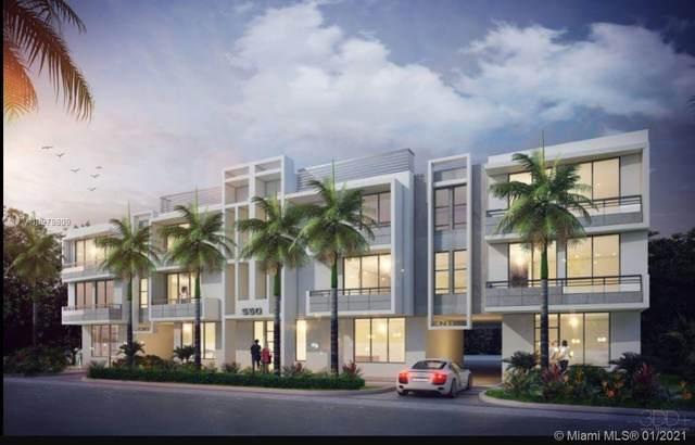 576 NE 62nd St, Miami, FL 33138 (MLS #A10979809) :: The Paiz Group