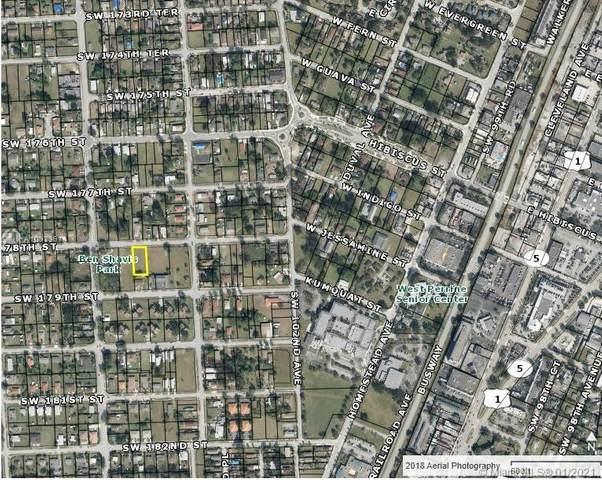 10356 SW 178th St, Miami, FL 33157 (MLS #A10979914) :: Berkshire Hathaway HomeServices EWM Realty