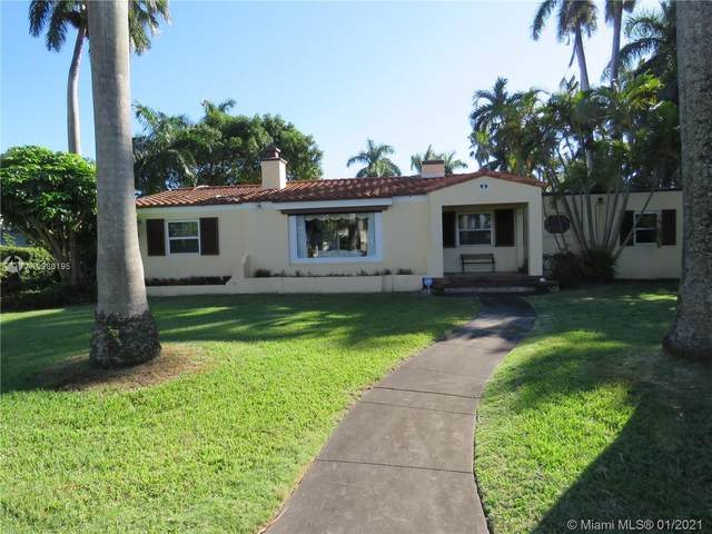 936 Van Buren St, Hollywood, FL 33019 (MLS #A10980195) :: Albert Garcia Team