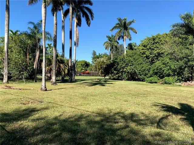 5313 Orange Dr, Davie, FL 33314 (MLS #A10980225) :: Green Realty Properties