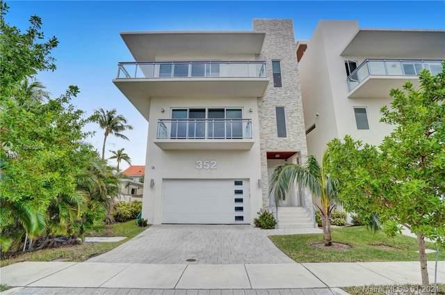 352 Walnut St, Hollywood, FL 33019 (MLS #A10980346) :: Jo-Ann Forster Team