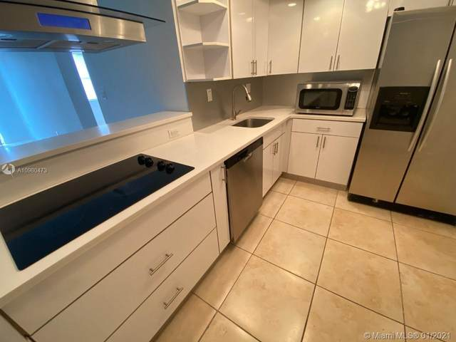 North Miami, FL 33181 :: Podium Realty Group Inc