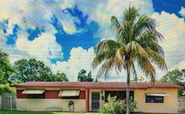 300 NW 195th Ter, Miami Gardens, FL 33169 (MLS #A10980657) :: Berkshire Hathaway HomeServices EWM Realty