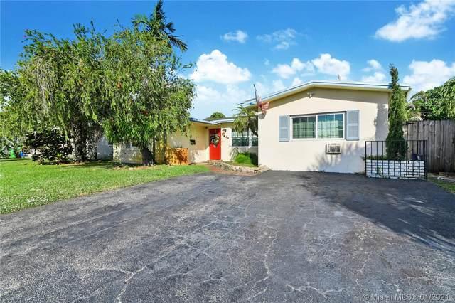 5941 NW 14th Ct, Sunrise, FL 33313 (MLS #A10981162) :: Carole Smith Real Estate Team