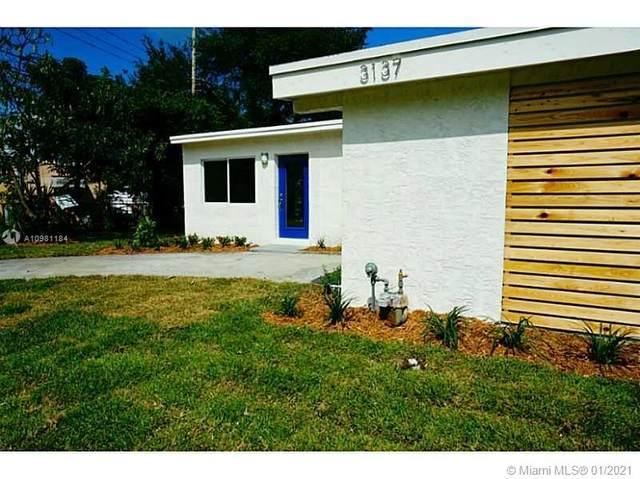 3137 SW 16th St, Fort Lauderdale, FL 33312 (MLS #A10981184) :: Laurie Finkelstein Reader Team