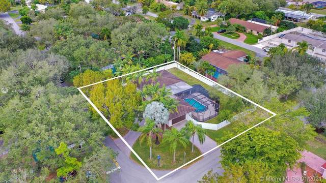 Palmetto Bay, FL 33157 :: Berkshire Hathaway HomeServices EWM Realty